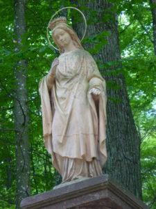 Heilige Ida am Monument Hirschbrunn